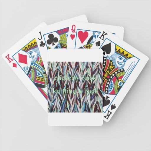 el hacer punto está detrás cartas de juego
