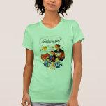 ¡El hacer punto retro de las mujeres 60s del T-shirts