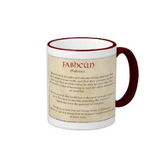 El halcón céltico taza de dos colores