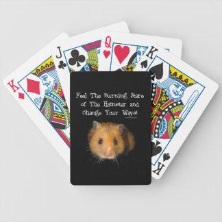 El hámster barajas de cartas
