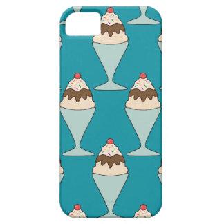 El helado de Kawaii asperja la caja del postre del iPhone 5 Fundas