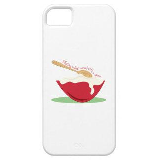 El helar se sirve mejor con una cuchara iPhone 5 Case-Mate fundas