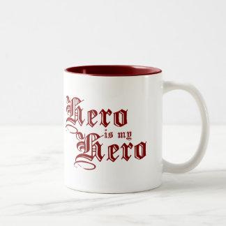 El héroe es mi serie justa del héroe de la taza