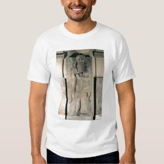 El héroe Gilgamesh que sostiene un león Poleras