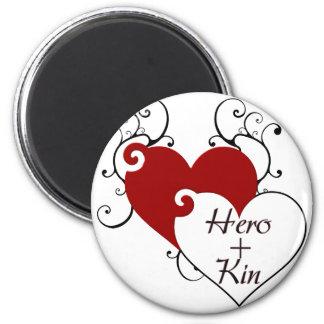 El héroe más corazón de los parentescos remolina s imán redondo 5 cm