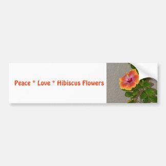 El hibisco del amor de la paz florece a la pegatina para coche