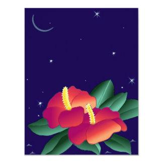 """El hibisco en blanco de las invitaciones tropical invitación 4.25"""" x 5.5"""""""