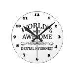El higienista dental más impresionante del mundo relojes de pared