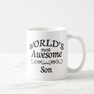 El hijo más impresionante del mundo taza básica blanca