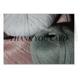 El hilo para obras de punto le agradece cardar tarjeta