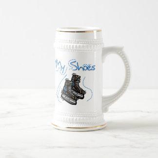 El hockey patina mis camisetas y regalos de los jarra de cerveza