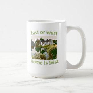 El hogar del este o del oeste es el mejor taza