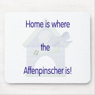 El hogar es donde está el Affenpinscher (el azul) Mouse Pad