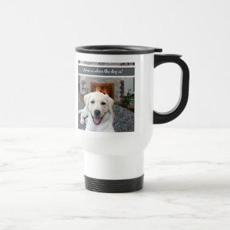 El hogar es donde está el perro taza térmica