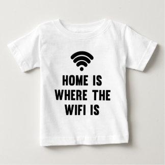 El hogar es donde está el Wifi Playera De Bebé