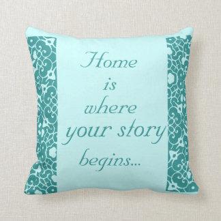 El hogar es donde su historia comienza la almohada