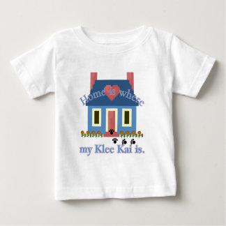 El hogar es Klee de Alaska Kai Playera De Bebé