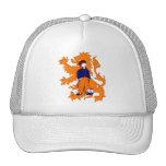 El holandés tradicional holandés estorba el gorras de camionero