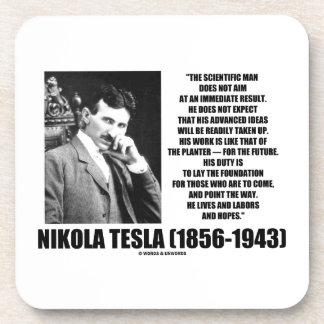 El hombre científico de Nikola Tesla no apunta inm Posavasos De Bebida