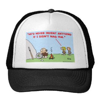 el hombre de las cavernas inventa a la queja gorra