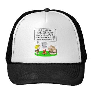 el hombre de las cavernas inventa la disposición d gorras de camionero