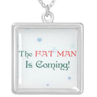 El HOMBRE del FAT es collar que viene