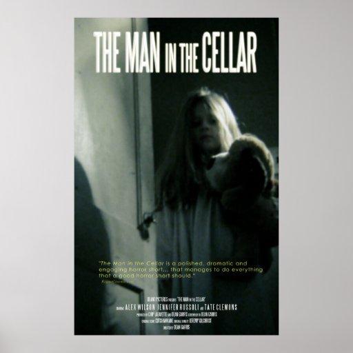 El hombre en el sótano póster