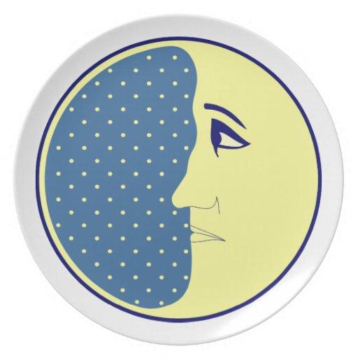 El hombre en la luna plato