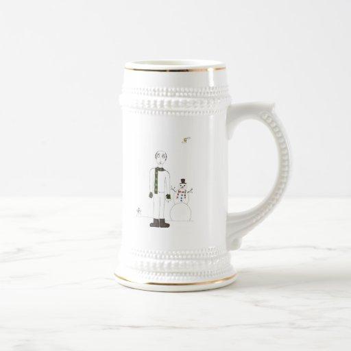 El hombre espeluznante calvo tazas de café