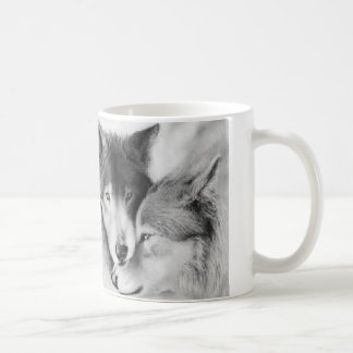 el hombre hecho persigue lobos hechos dios taza de café