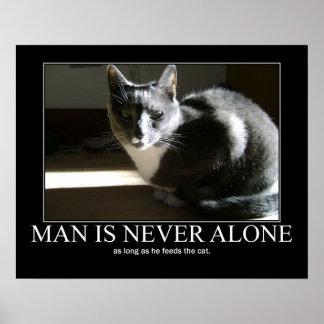 El hombre nunca es solo… mientras las ilustracione posters