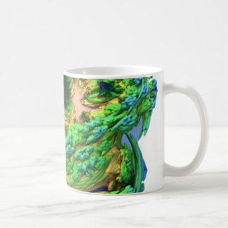 El hongo extranjero pone verde la taza de café de