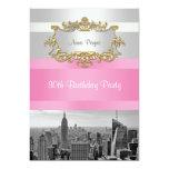 El horizonte BW 05 de NYC blanco, cumpleaños Invitaciones Personalizada