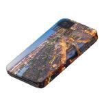 El horizonte de Boston en la oscuridad Case-Mate iPhone 4 Carcasa