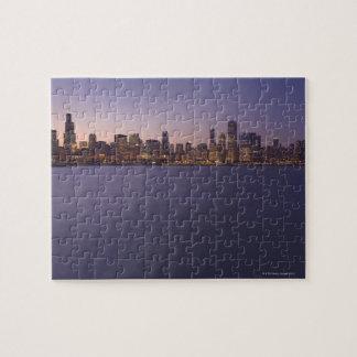 El horizonte de Chicago en el crepúsculo Puzzle