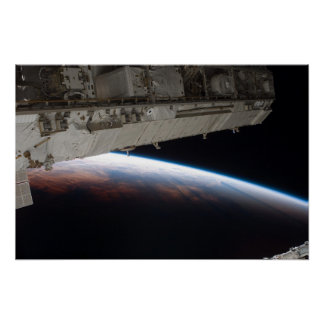 El horizonte de la tierra del ISS Poster