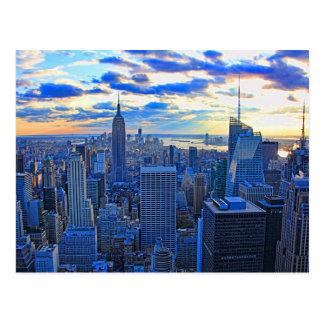 El horizonte de la última hora de la tarde NYC Postal