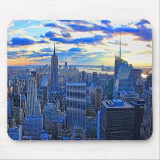 El horizonte de la última hora de la tarde NYC Alfombrilla De Ratón