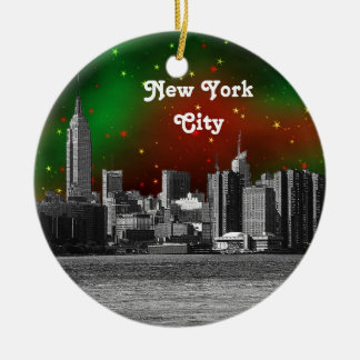 El horizonte de NYC grabó al agua fuerte Navidad e Adorno De Navidad
