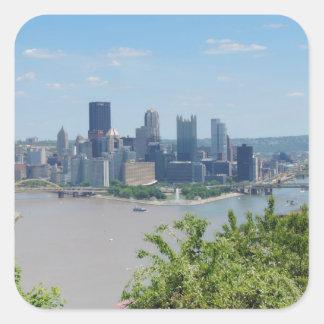 El horizonte de Pittsburgh del West End pasa por Calcomanías Cuadradass