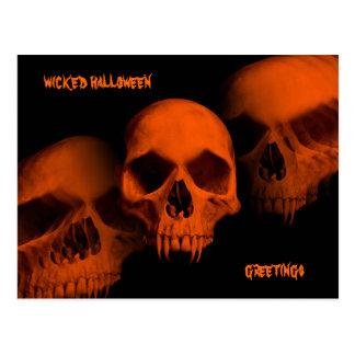 El horror de Halloween fanged los cráneos en negro Postales