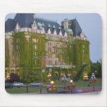 El hotel de la emperatriz en el puerto interno ade tapete de ratón