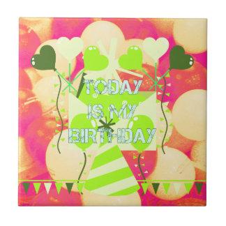 El hoy es mi cumpleaños azulejo cuadrado pequeño