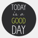 El hoy es un buen día etiqueta redonda