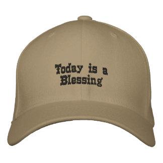 El hoy es una bendición gorra de béisbol bordada