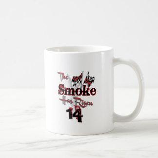 El humo ha subido taza básica blanca