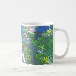 El impresionista ondula la taza de café