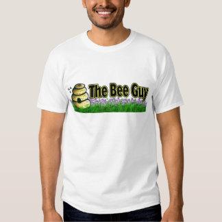 el individuo de la abeja polera