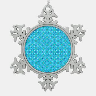 El infinito de los azules claros firma las flores adorno de peltre en forma de copo de nieve