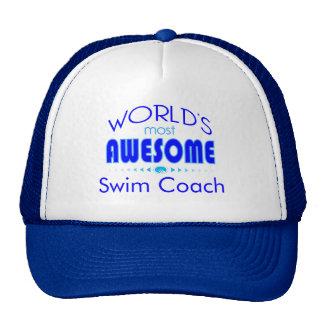 El instructor mejor de la natación del coche de la gorras de camionero